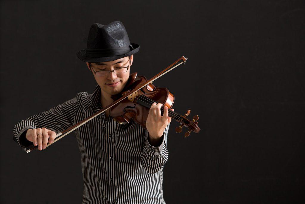 松本 一策 Violinist